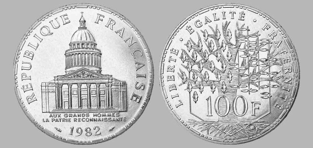 La pièce de monnaie françaises de 100 francs en argent 1982 pèse 15 grammes et possèdent 90% d'argent pur. Tirage : 3 002 200